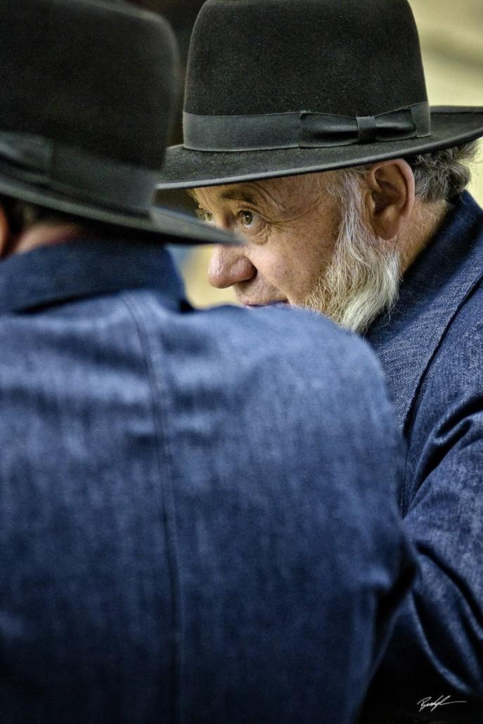 Amish Gentlemen in Conversation