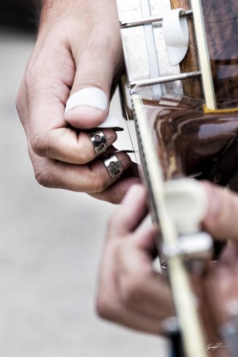 banjo player hands bluegrass