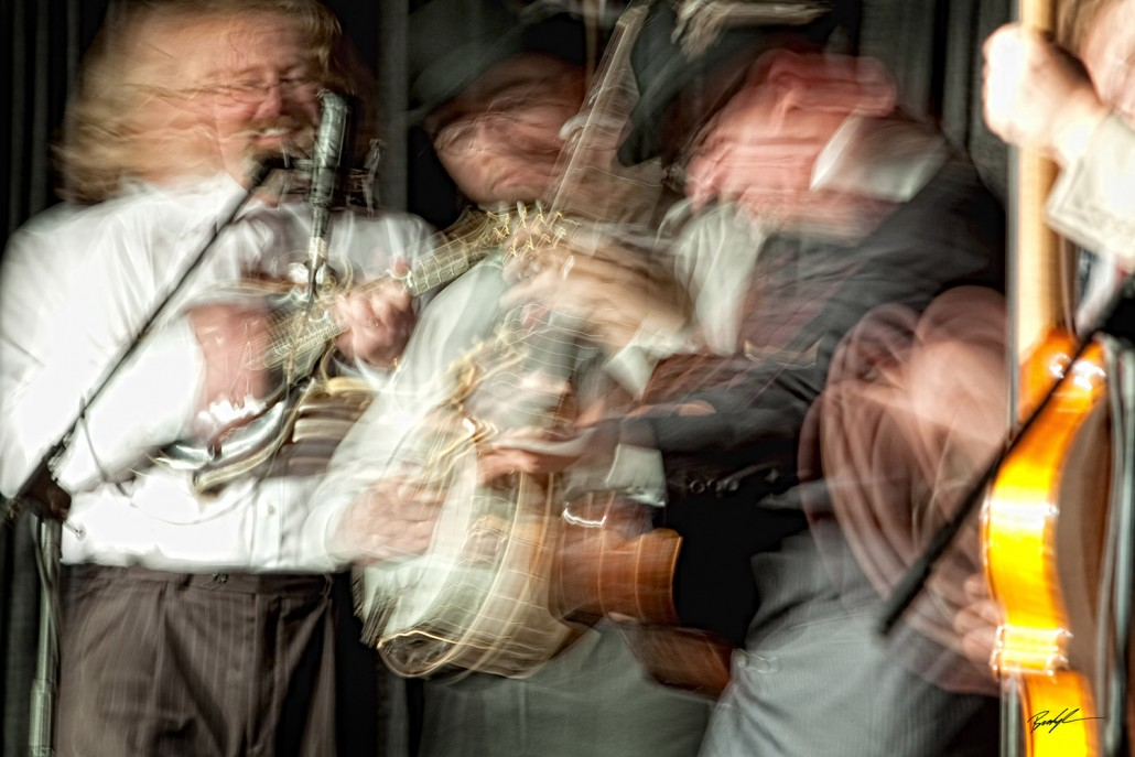Bluegrass Band Motion of the Music